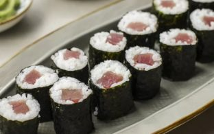 Spicy Bluefin Tuna Sushi Roll