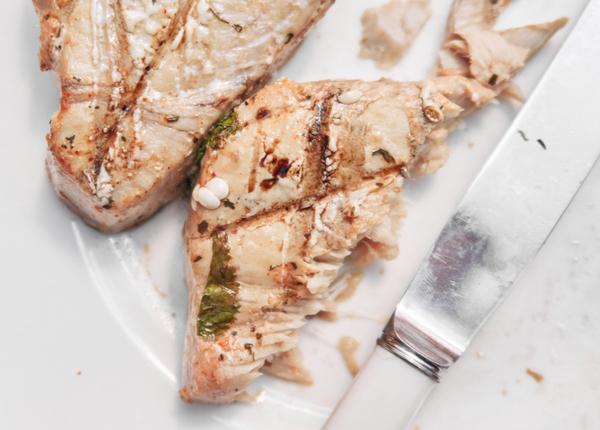 Organic free range pan seared tuna