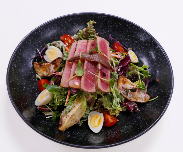 Seared Bluefin Tuna Salad Niçoise